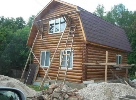Сруб дома 5 на 6 с ломанной крышей