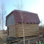 Сруб дома 6 на 6 с ломанной крышей