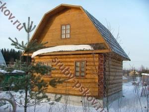 Сруб дома 7 на 8 с ломанной крышей