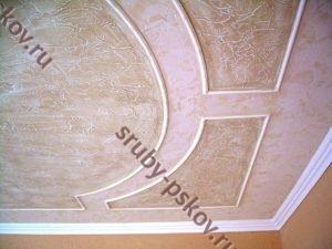Потолок в деревянном доме из штукатурки