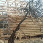 Собранный сруб дома 5 на 8 метров